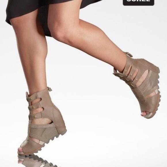 Joanie Gladiator wedge sandals NWT
